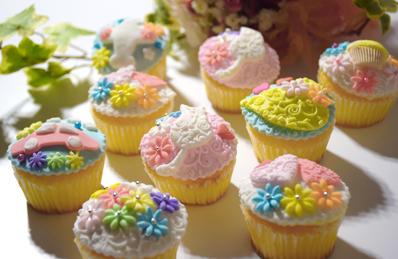 マシュマロフォンダンカップケーキ